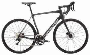Rower Cannondale Synapse Carbon Disc 105 jet black/silver 2018